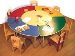 стол круглый детский